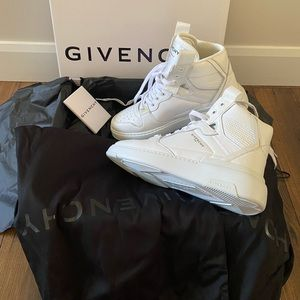 New Authentic Givenchy Leather Sneakers, 40